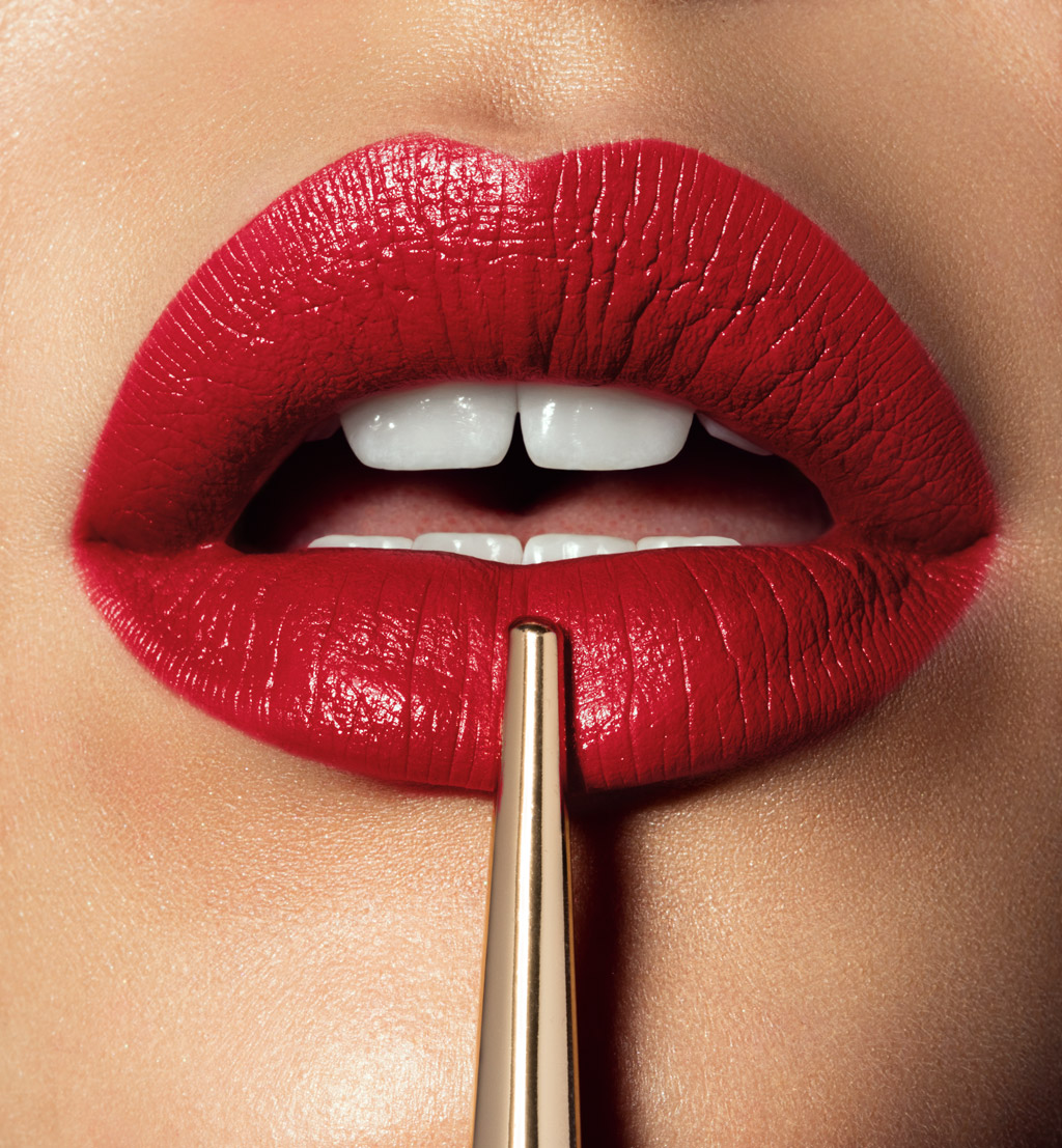 Avenue_Retouching_Hourglass_lips_3